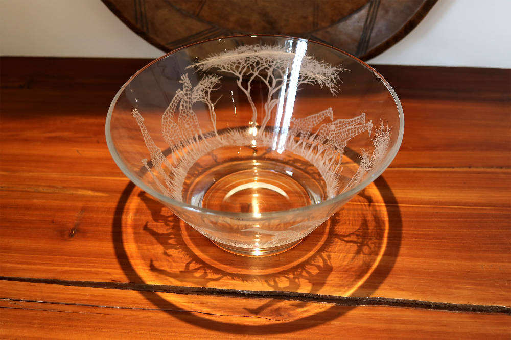 Glass Bowl, Engraved with Giraffe