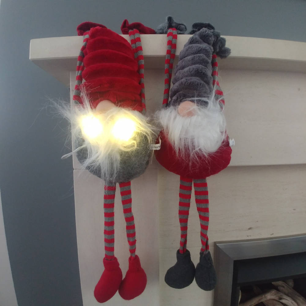 TOMTE shelf hanger with LED lights