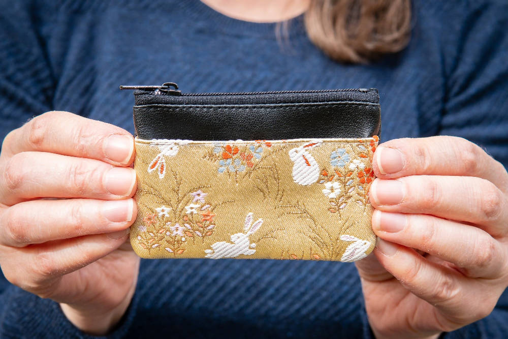 Kyoto Card Case - Gold Gray Sienna Hare