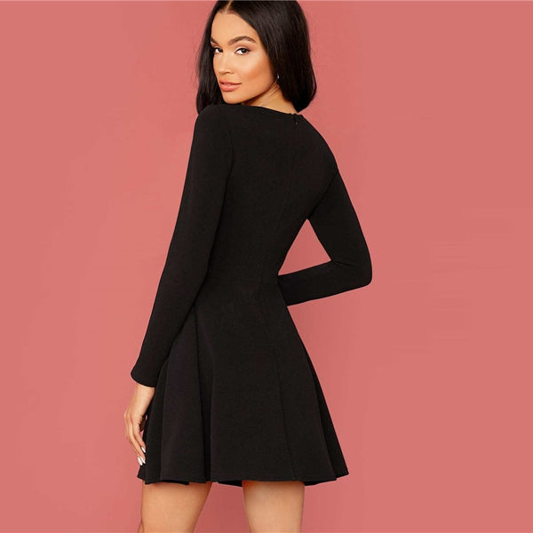 Black Solid Zipper Back Flared Dress