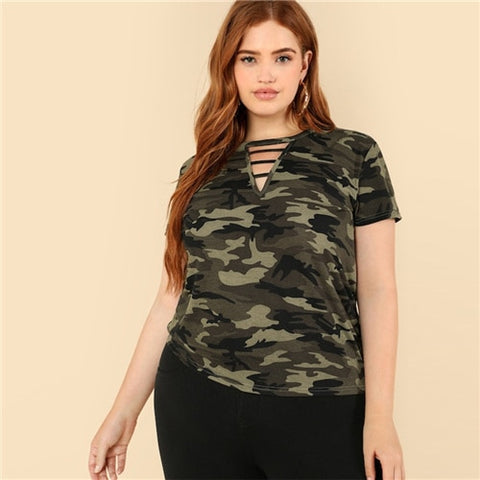 Plus Size Casual Strappy Neck Camo Top