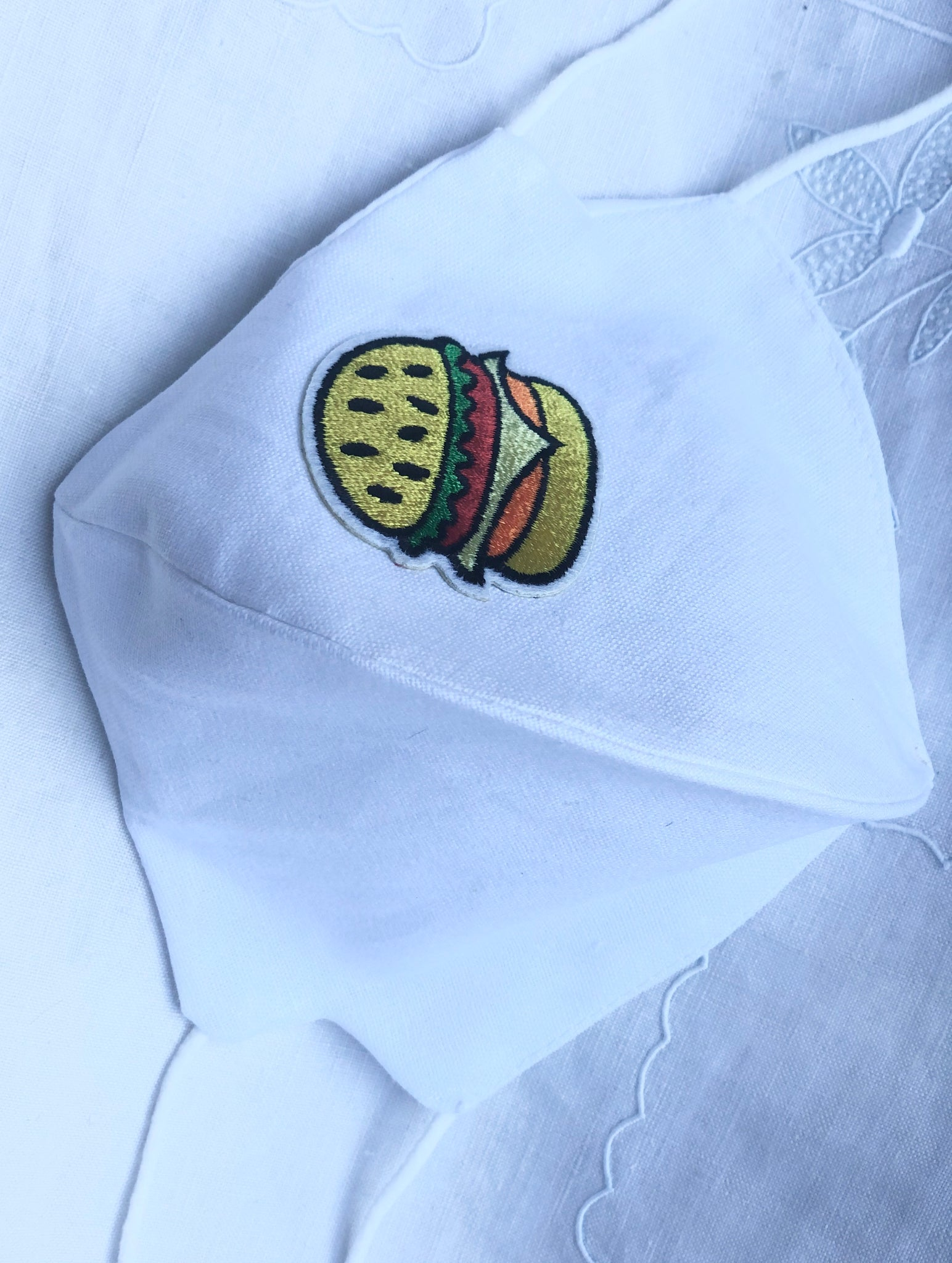White linen cotton/Hamburger