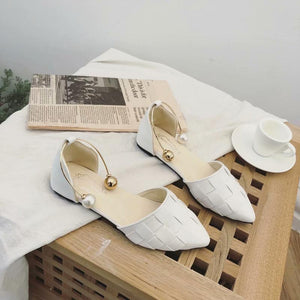 Temperament pointed flat bottom woven toe sandals
