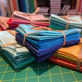 Twist Fabric Range  - 5 Fat Quarter Bundle - Yellows and Oranges