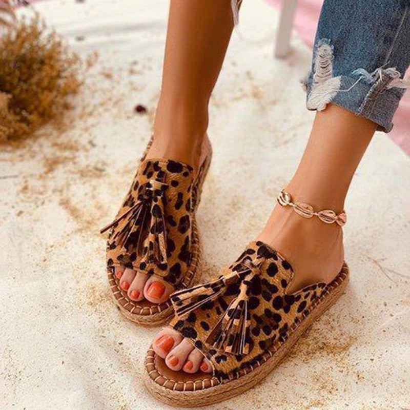 Ladies comfortable summer tassel slippers