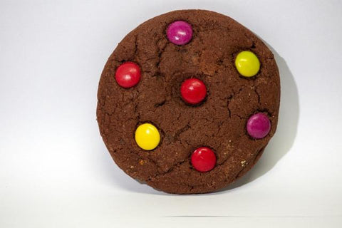 12 x Crave Chocolate Dotty Cookies