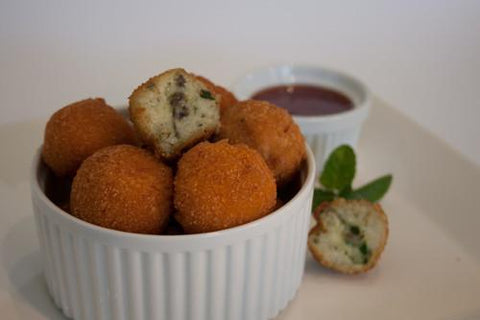 133 x Chefs Edge Small Arancini - Mushroom, Spinach & Mozzarella Frozen Savouries Chefs Edge