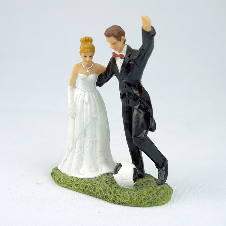 Statue Couple<br /> Mariés au Football (Figurine)