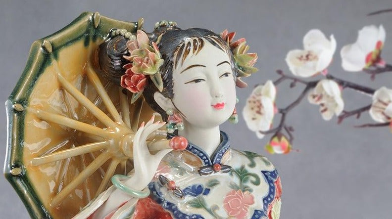 Statue Chinoise<br> Femme Chinoise Traditionnelle