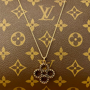 Vintage Antique Gold Round Fleur Medium Louis Vuitton Charm Pendant