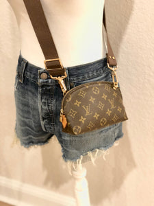 Vintage Dome Pouch - Louis Vuitton - Convertible Shoulder/Crossbody/Bum/Belt Bag + 2 Straps!