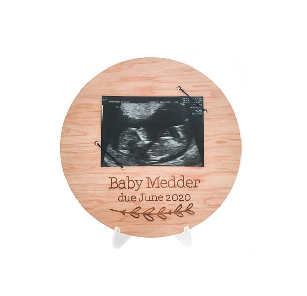 Personalised Ultrasound Pregnancy Announcement Sign (Wooden Baby Announcement, New Baby Arrival Plaque)
