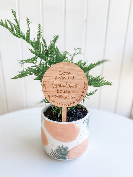 Personalised Planter Sign - Love grows at Nanny's House Wooden Planter Stick (Change Nanny to another name of your choosing)