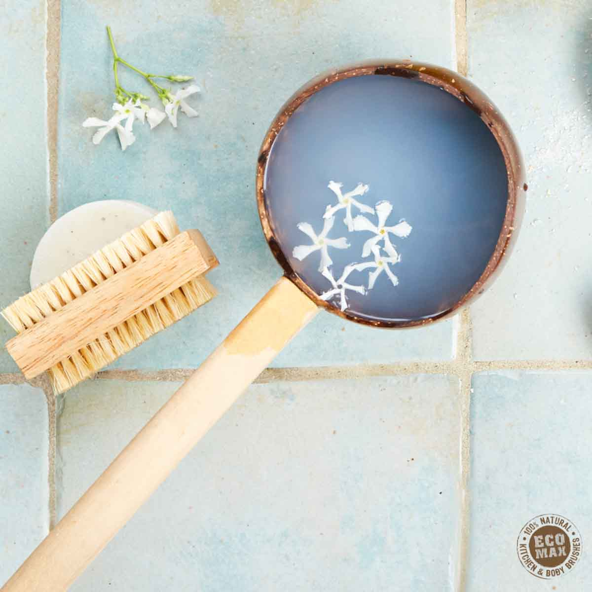 Nail Brush | Sustainable Wood & Vegetable Fibre