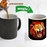 Mug Thermosensible Lion Rugissement avec du cafe