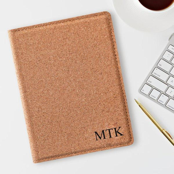 Personalized Cork Passport Holder - Groomdom