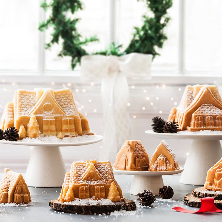 NordicWare - Cozy Village Mini Cake Pan