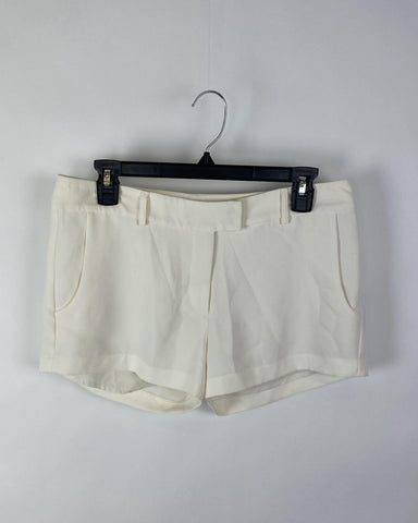 Amanda Uprichard Cream Shorts - Small - The Fashion Foundation - {{ discount designer}}