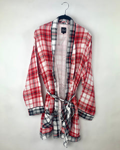 Red and Black Plaid Robe - Size Small