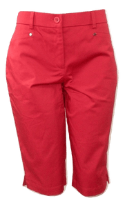 Briggs Bright Red Mid-Length Shorts - Size Medium - The Fashion Foundation