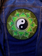 Load image into Gallery viewer, Green Yin & Yang Round Embroidered Patch