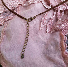 Load image into Gallery viewer, Cowrie Peach/Rose Quartz Necklace