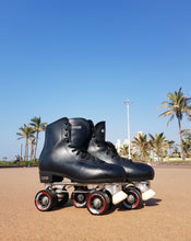 Load image into Gallery viewer, Preloved Roller Skates