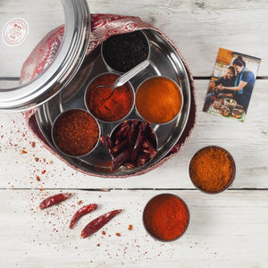International Chilli Collection with 7 Chillies, Storage Tin & Handmade Silk Sari Wrap - Spice Kitchen - Spices, Spice Blends, Gifts & Cookware