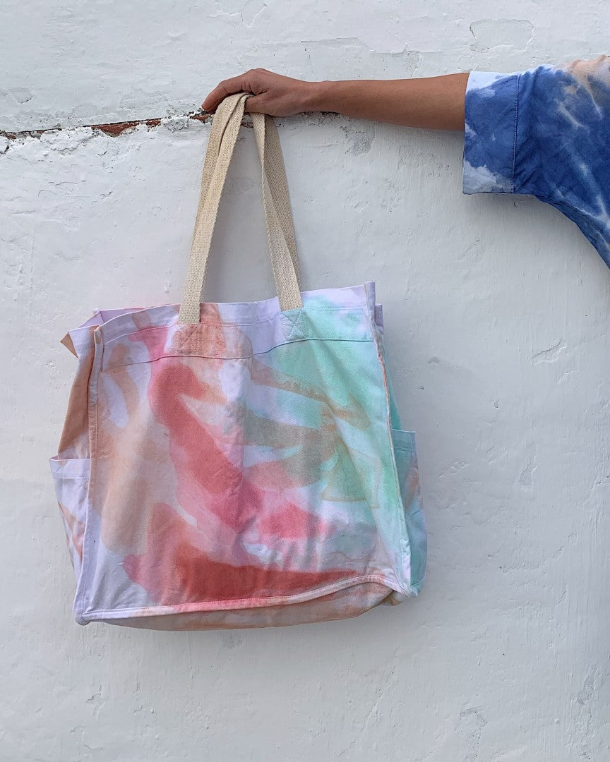 HAND-PAINTED LARGE SHOPPING BAG - pink