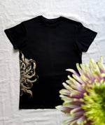 Load image into Gallery viewer, T-Shirt Chrysanthemum