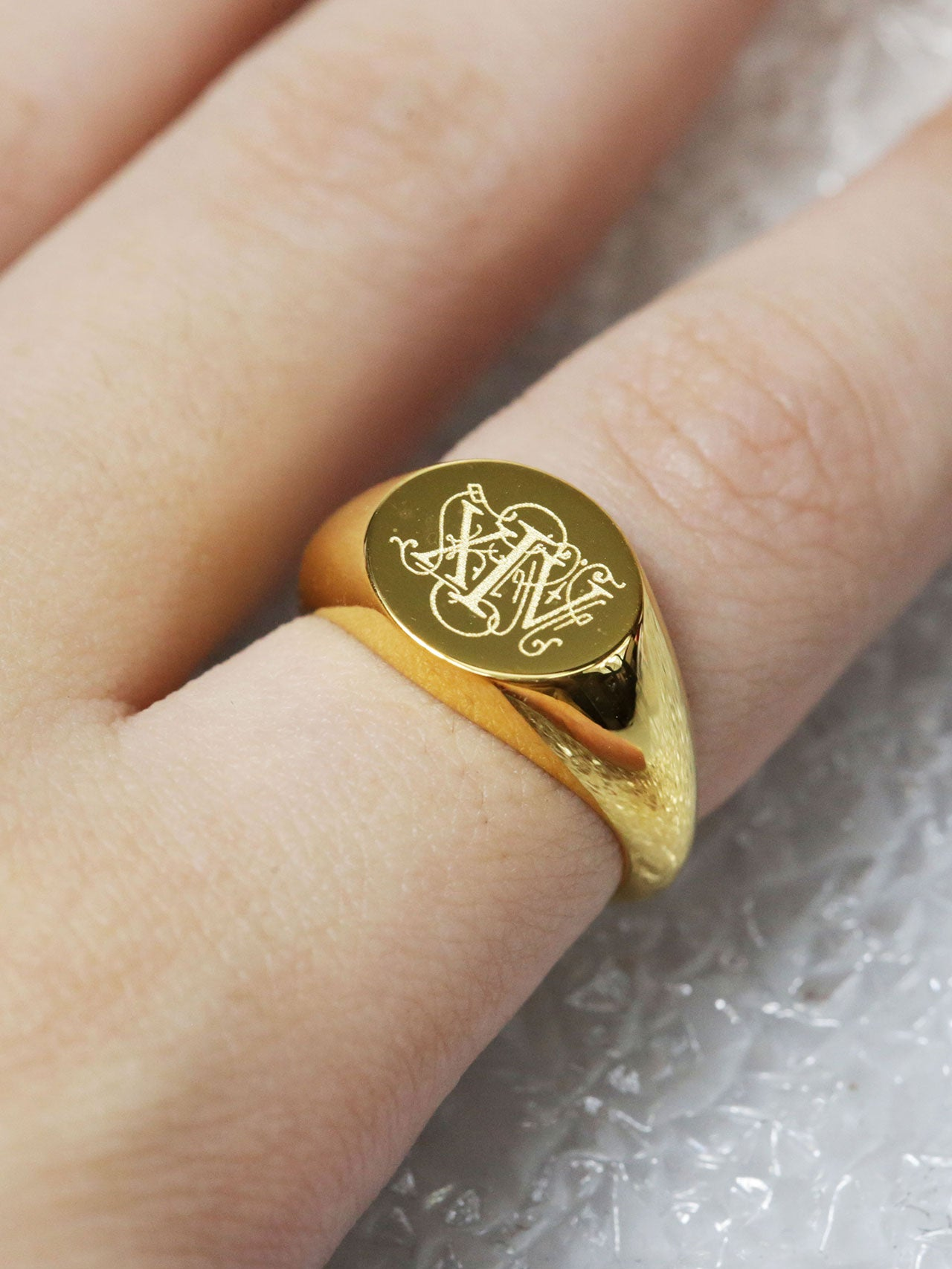 Engravable Oval Signet Ring