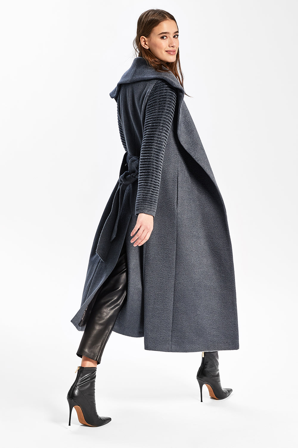 Sentaler Suri Alpaca Long Shawl Collar Wrap Coat with Ribbed Sleeves featured in Suri Alpaca and available in Charcoal. Seen from side.