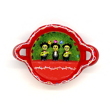 Load image into Gallery viewer, Handmade Mexican Cazuela Art - Mariachi