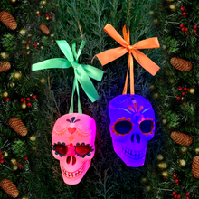 Load image into Gallery viewer, Calavera Hanging Ornament Light