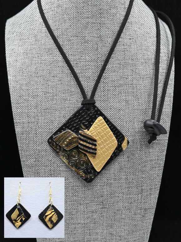 POLYMER JEWELERY, Necklace set with superimposed diamonds and drop earrings, gold and black, Carole Charron-Gagnon