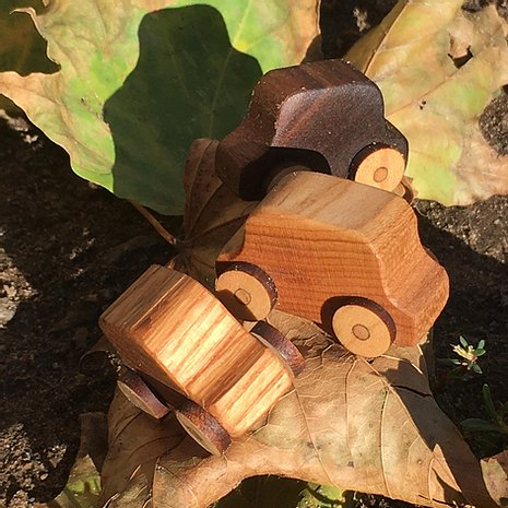 ARTISTIC CABINETWORK, SMALL RECYCLED WOODEN CARS, Gabriel Perreault