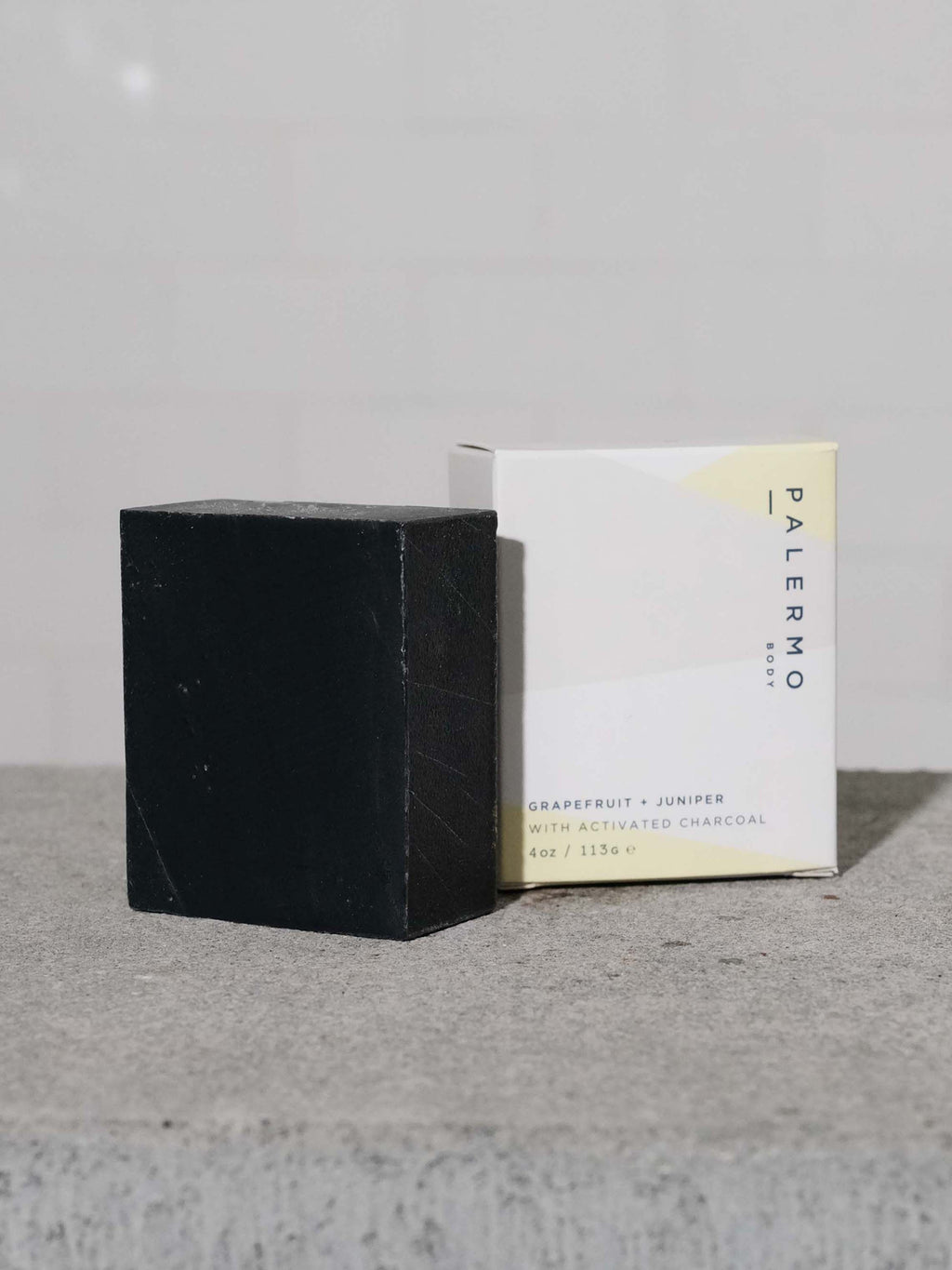 PALERMO BODY GRAPEFRUIT + JUNIPER WITH ACTIVATED CHARCOAL SOAP