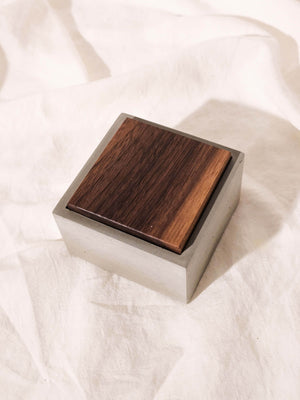 INSEK DESIGN CONCRETE + WOOD BOX
