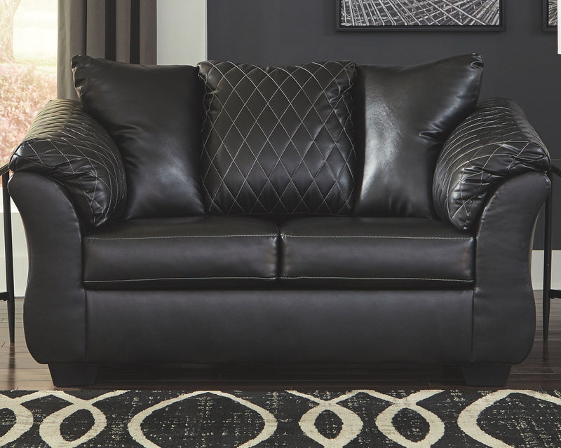 Betrillo - Black - Loveseat