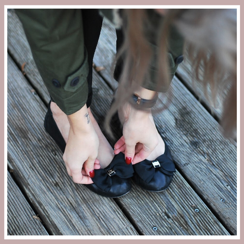 Buckingham Black Leather Foldable Ballet Flats