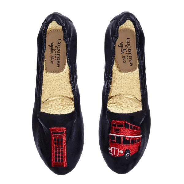 Carnaby Bus and Telephone Box