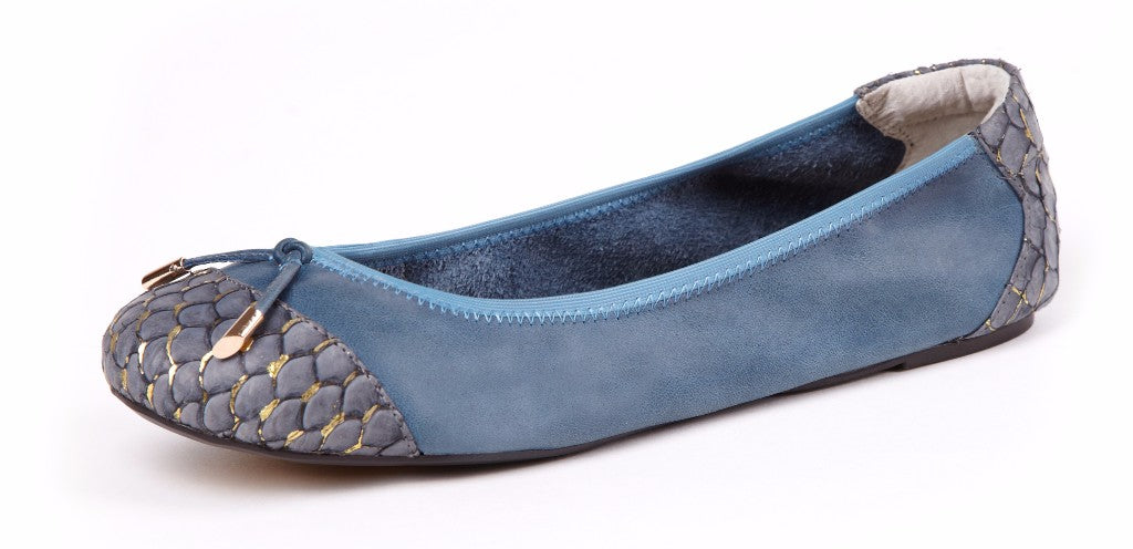 Cocorose London's Bayswater Style Foldable Ballerinas in Stone Blue
