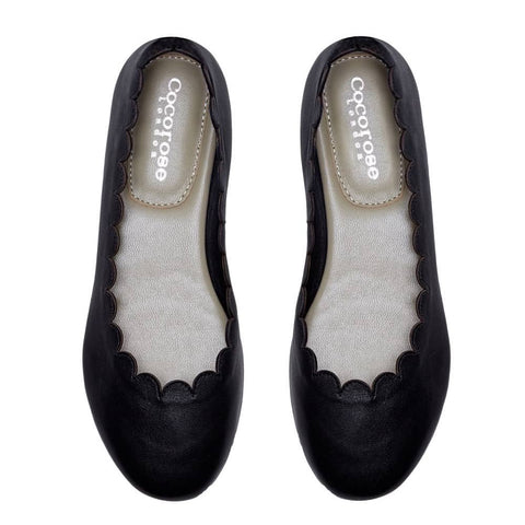 Mayfair Black Leather Scalloped Foldable Ballet Flat