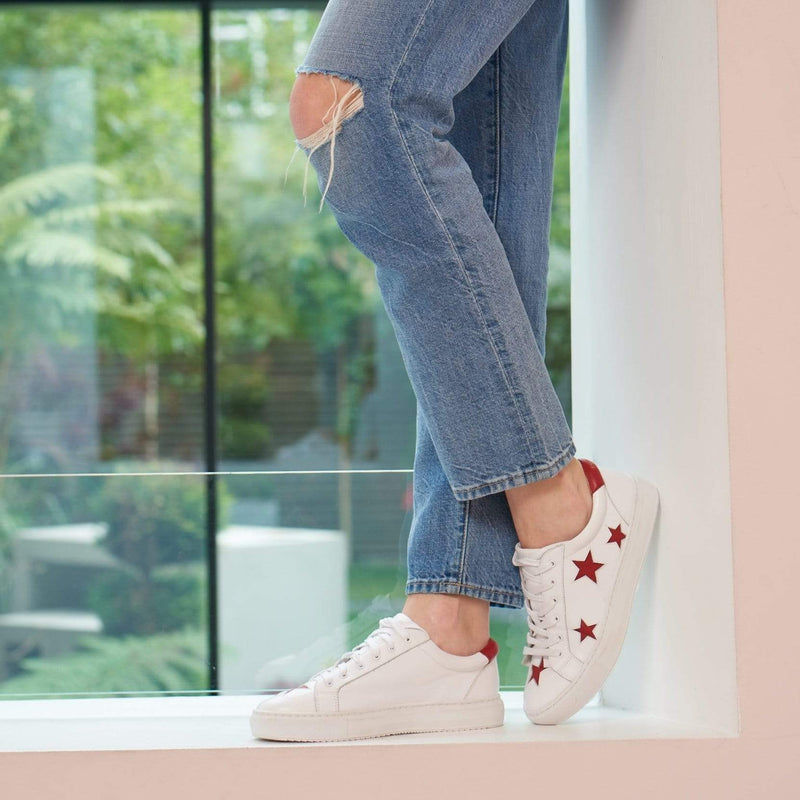 Hoxton - White with Red Stars Leather Trainers