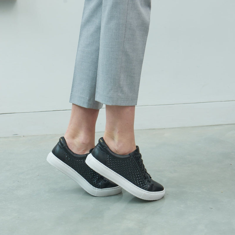Hoxton - Black Woven Leather Trainers