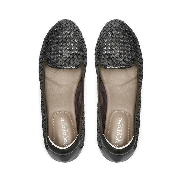 Comfortable loafers and flats in metallic khaki olive green