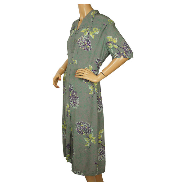 1940s-Floral-Printed-Crepe-Day-Dress-Side-View
