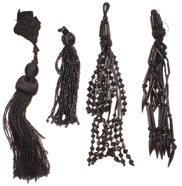 Antique-Victorian-Jet-and-Silk-Tassels