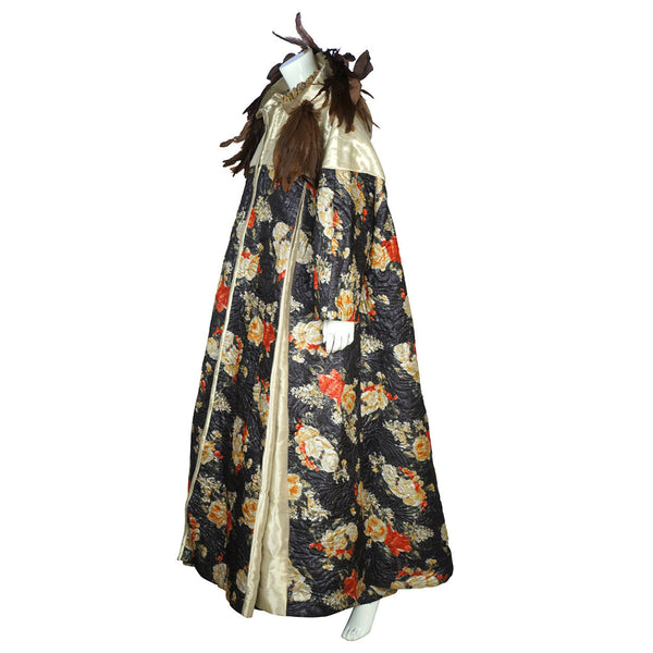 Vintage-Carnival-of-Venice-Ball-Gown-with-Coat-View-of-Side-of-Coat