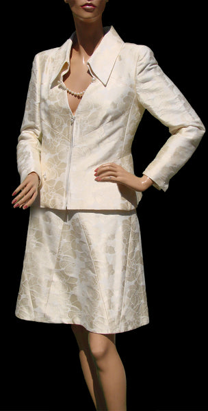 Vintage Suit by Chanel in Ivory Brocade - Poppy's Vintage Clothing
